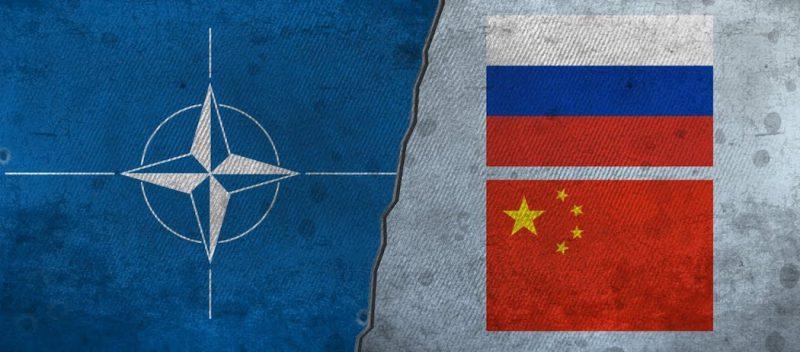 Türkiye'nin Stratejik Kimliği: Batı mı Rusya mı?