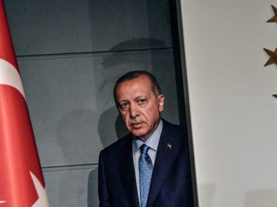 Yerel Seçim Sonrası Süreçte Erdoğan ve AKP'nin Açmazları Üzerine