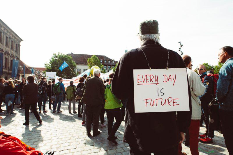 Siyasette Duygu, Tutku ve İnanç Üzerine: Popülizm, Sol-Popülizm ve Teknokrasi Arasında