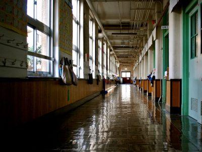 Okullar açıldı, zihinler kapalı!