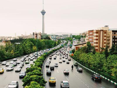 İran'da Orta Sınıf Demokratik Hareketi Yeşil Hareket 11 Yaşında!