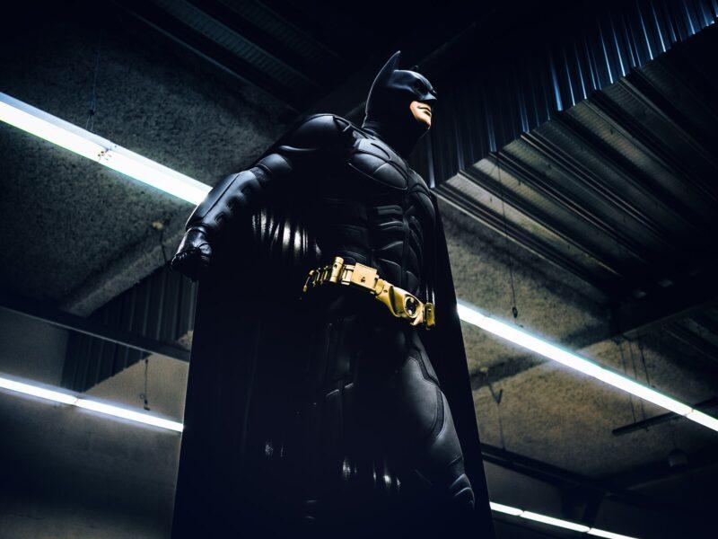 Batman'ın Despotik İktidarına Karşı Gotham'ın Kurumsal Devlet Anomalisi